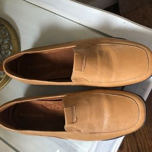 Naturalized Leather shoes